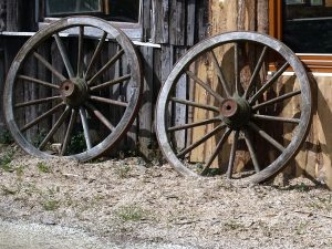 alte Wagenräder
